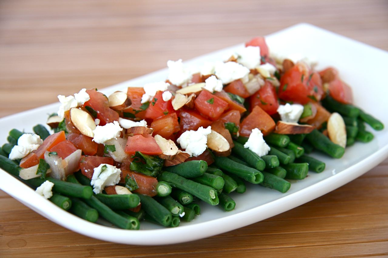 Lighten Up: Green Bean Salad with Salsa Fresca | JBean Cuisine